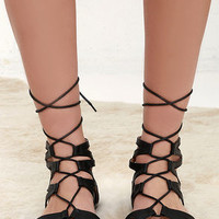 River Valley Black Lace-Up Flat Sandals