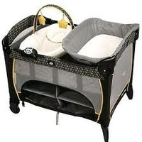 GRACOBABY - Pack 'n Play® Playard with Newborn Napper® Station DLX