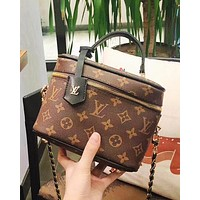 LV small box Louis Vuittonnice retro cosmetic bag-with hand-woven shoulder strap bucket bag Coffee