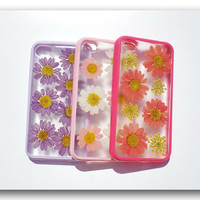 Handmade iPhone 4/4S case, Resin with Real Flowers, Daisy (Matte)