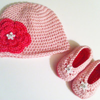 Baby Crochet Hat, Pink Booties Set, 3 to 6 months Old - Pink Crocheted Flower Hat -