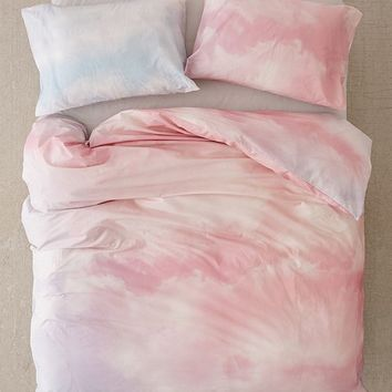 Dreamy Duvet Cover Set   Urban Outfitters