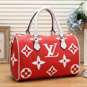 LV popular casual woman embossed LOGO small hand luggage bag