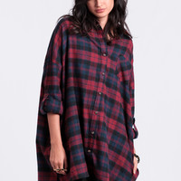 Come As You Are Plaid Button-Up In Burgundy
