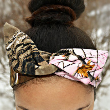 Pink Real Tree Camo Dolly bow head band, hair bow