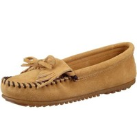 Minnetonka Women's Kilty Moccasin,Brown,7 M US