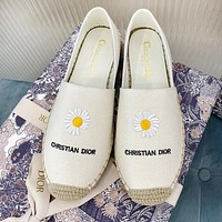 Bunchsun DIOR New Women Casual Canvas Cute Daisy Embroidery Flat Single Shoes Fisherman Shoes