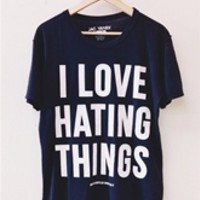 I LOVE HATING THINGS PERFECT Unisex Tee