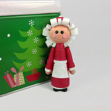 Mrs Claus Ornament Christmas Decor - Mrs Claus Christmas ornament, quilling Christmas, Christmas decoration, Claus Christmas tree ornaments