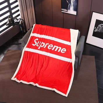 SUPREME Conditioning Throw Blanket Quilt For Bedroom Living Rooms Sofa