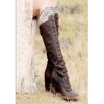 Round Head Woman's Tall Boots with Rivet Shoes
