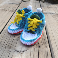 Baby booties Baby sneakers Crochet baby shoes Newborn Converse style Crochet baby socks Baby boy shoes Baby girl shoes Turquoise Gift