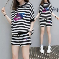 Nike Casual  Pattern  Round Neck  Short Sleeve  Stripe Edgy Fashion Two-Piece Suit Clothes