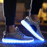 JustCreat 7 Colors LED Luminous Unisex Sneakers Men & Women USB Charging Light Colorful Glowing Leisure Flat Shoes Sprot Shoes,White,7 D(M) US