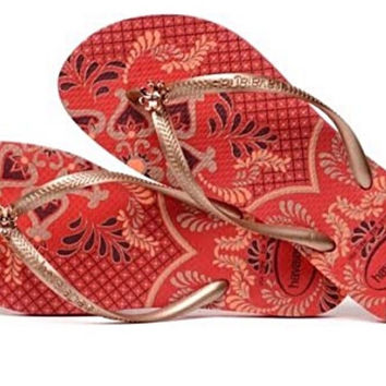 Ruby Red Print Havaianas