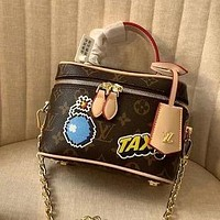 LV 2020 new graffiti printed women's canvas handbag chain bag shoulder messenger bag