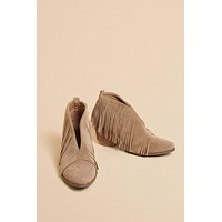 Sutton Fringe Booties - Taupe