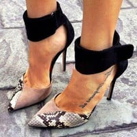 Snake Print  Pointed Toe Women Fashion Ankle Strap High Heels Shoes