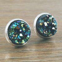 Small Druzy earrings- Green gold drusy silver tone stud druzy earrings