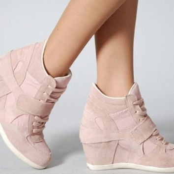 Aldo Suede Blush Leather Wedge Sneakers 41/10