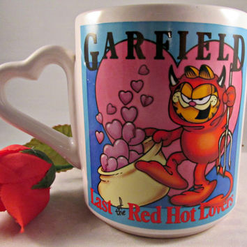 Garfield Collectible Coffee Tea Cocoa Mug Red Hot Lovers Valentine Devil Hearts Cup