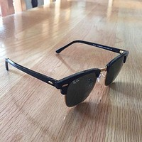 RayBan Ray Ban Clubmaster Sunglasses In Black With Case And Cloth For Men