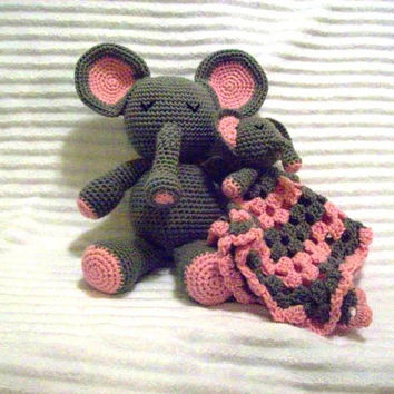 Crochet Elephant Stuffed Animal Plush and Elephant Baby Lovie Blanket, Baby Lovey Blanket, Baby Security Blanket Set (Made to Order)