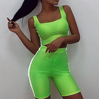 2019 new exposed navel sexy vest high waist tight shorts street reflective strip set two-piece Green