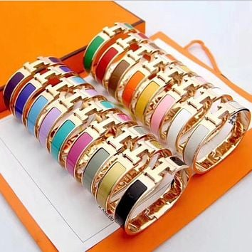 Hermes ladies rotating H letter clasp personalized bracelet