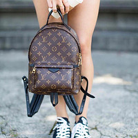 LV Louis Vuitton classic men and women all-match backpack