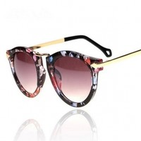 Vintage Sunglass Femal Summer Metal Glasses Metal Arrow Decoration Flower Print