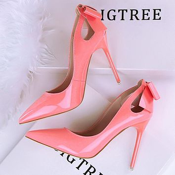 Sexy slim high heels stiletto heels shallow mouth pointed patent leather hollowed out bow tie shoes pink
