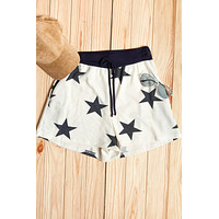 Star Print Relaxed Draw String Banded Shorts