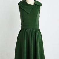 Vintage Inspired Long Sleeveless Fit & Flare Trolley Tour Dress in Pine