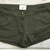 Simply Perfect Shorts: Olive