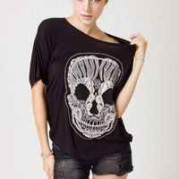 Lace Skull T-Shirt in Black by Chic+ - Retro, Indie and Unique Fashion