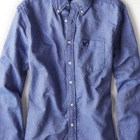 AEO Men's Solid Oxford Button Down Shirt (Blue)