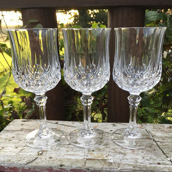 FOUR vintage 6.5 inch lead crystal wine glasses by Cristal D Arques, Longchamp wine glasses, elegant lead crystal stemware, wedding toasting