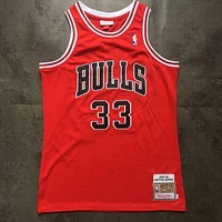 Mitchell & Ness 1997-98 33 Pippen Swingman Retro Red Jersey