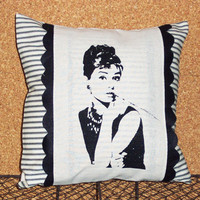 Decorative Throw Pillow Cushion Cover with Hollywood Glam Audrey Hepburn Screen Print and Black Hand Cut Felt Scallop Trim