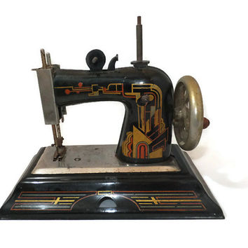 Toy Sewing Machine Casige German Model 1025 - Art Deco Graphics, Mini Sewing Collectible