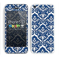 Mirrored V2 Blue and White Skin For The iPhone 5c