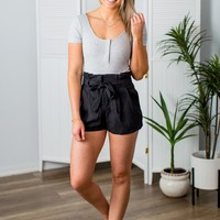Laurie Woven Shorts- Black