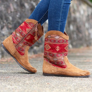 Minnetonka: Baja Boot {Red}