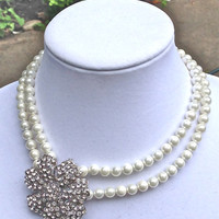 Women handmade pearls bridal flower necklace - free shipping