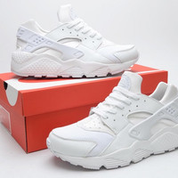 NH02 - Nike Air Huarache (White)