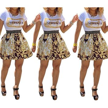 Versace Fashion Sexy Short Sleeve Dresses with Round Neck Patterns