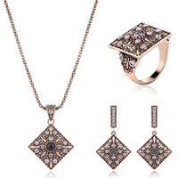 Pinkish Gold Alloy Rhinestone Geometric Jewelry Set