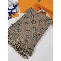 Louis Vuitton Men's and Women's Fashion Accessories Warm and Comfortable Cashmere Sweater Scarf Size: 180*30