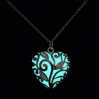 2016 New Glow In The Dark Locket Silver Hollow Glowing Stone Pendant Statement Chocker Pendants Necklace For Women free delivery